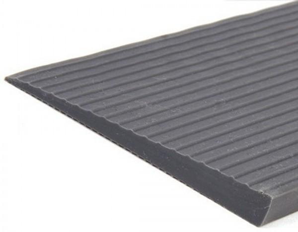 Mobilex Schwellenrampe 900 mm mit Bitumen Klebefläche